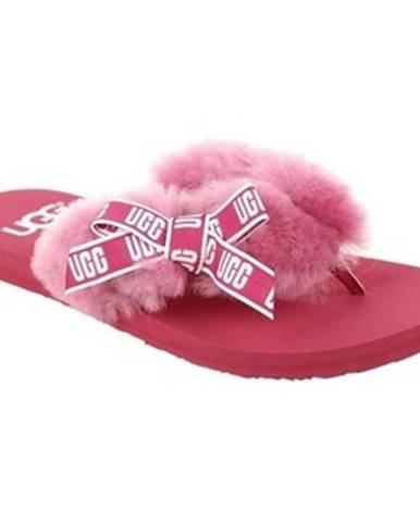 Sandále, žabky UGG