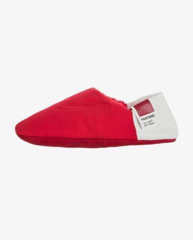 Červené papuče Pantone Universe